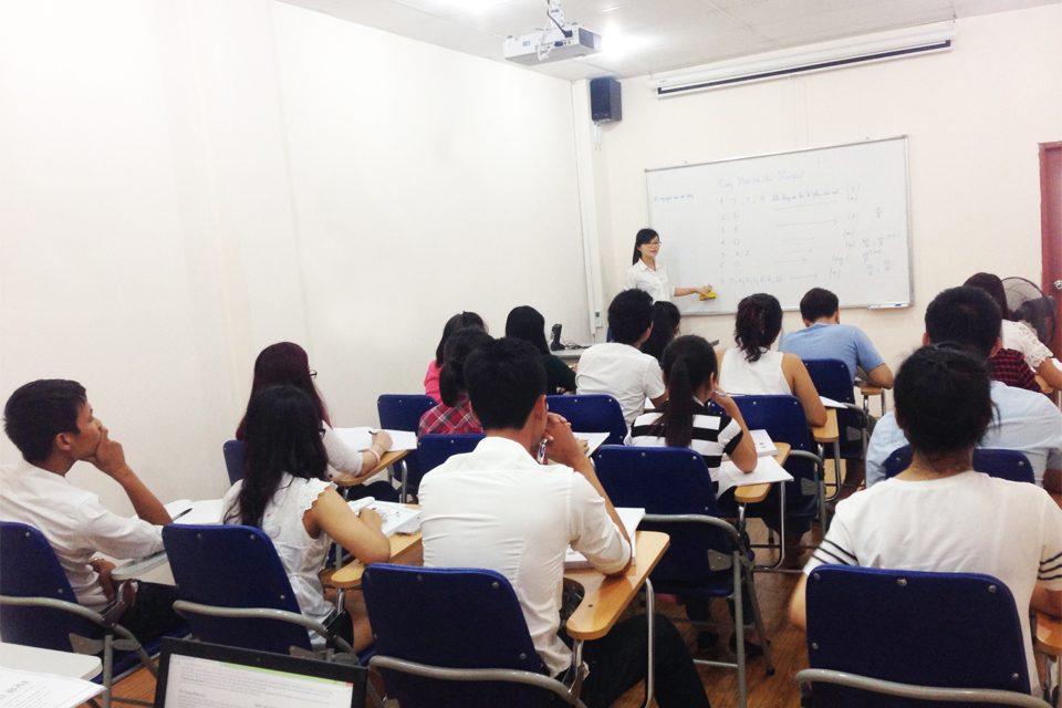 Trung tâm tin học và ngoại ngữ LaVi – Trường Cao Đẳng Lạc Việt